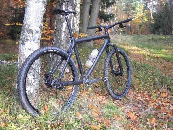 ... bicycle #leipzig #fixie #fixedgear #singlespeed Photo: Corinna Dumat